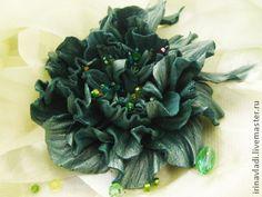 Цветы из кожи. Брошь заколка ЦАРЕВНА - ... . - зелёный,цветы из кожи
