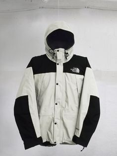 Vintage 90s The North Face Mountain Guide Gore-Tex jacket White/Black  Size S by VapeoVintage on Etsy