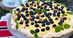 Gulrotkake – Berit Nordstrand Pavlova, Tart, Smoothies, Nom Nom, Good Food, Snacks, Baking, Breakfast, Juice