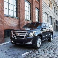 2016 Cadillac Escalade Car Review from KBB