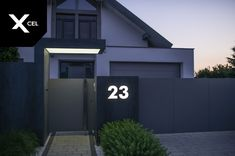 House Fence Design, House Main Gates Design, Fence Gate Design, Steel Gate Design, Front Gate Design, Entrance Design, House Entrance, Gate Designs Modern, Modern Fence Design
