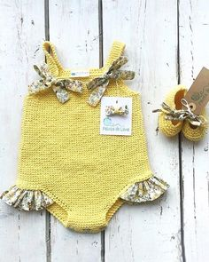Preciosa maravilla de Beautiful ❤️❤️•••Si te gusta déjanos un comentario, nos importa! Knitted Baby Clothes, Cute Baby Clothes, Crochet Clothes, Baby Kind, My Baby Girl, Diy Bebe, Retro Mode, Cute Kids Fashion, Baby Bloomers