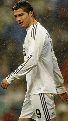 Cristiano Ronaldo football soccer wahid qambari portugal Real Madrid messi