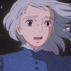 Sophie Howl's Moving Castle, Howls Moving Castle, Studio Ghibli Art, Studio Ghibli Movies, Howl Movie, Howl And Sophie, Japanese Animated Movies, Animated Cartoons, Kawaii