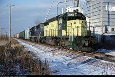RailPictures.Net Photo: CNW 6928 Chicago & North Western Railroad EMD SD40-2 at Van Dyne, Wisconsin by Pete Greischar