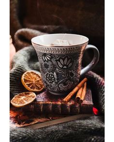 Christmas snow winter holiday xmas festive cold hot chocolate orange coffee fire mug tea cup cinnamon snowflake fireplace hot drink christmas decorations christmas mood Coffee Time, Tea Time, Coffee Coffee, Morning Coffee, Coffee Shop, Coffee Mornings, Momento Cafe, Chocolate Cafe, Pause Café