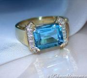 Feiner Blautopaz Diamanten Ring image