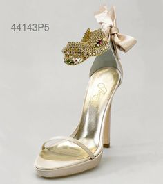 A bride's shoes can be beautiful! Penrose wedding shoes / bridal shoes.