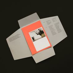 Prospectus / main section stuck down and then newsletters or changable info sits on top and is sealed for postage Print Layout, Layout Design, Print Design, Editorial Layout, Editorial Design, Portfolio Design, Web Design Mobile, Magazin Design, Buch Design