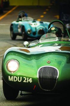 ~Duncan Hamilton's 1952 Jaguar at the Monte Carlo Grand Prix Us Cars, Sport Cars, Race Cars, Sport Sport, Tata Motors, Monte Carlo, Jaguar Xjr, Le Mans, Assurance Auto