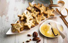 Sinihomejuusto-pekaanipähkinätähdet