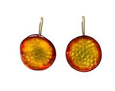 Arracades de coure ambre, fet a mà amb esmalts al foc. Preu: 40€ Copper earring amber, handmade with fire enamels. Price: 40€ | 54.70$ Pear, Jewels, Fruit, Jewerly, Gemstones, Fine Jewelry, Gem, Bulb, Jewelery