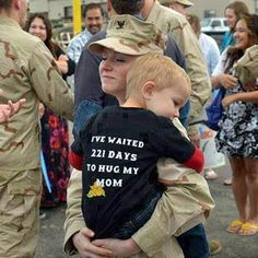 Welcome Home Soldier Mom and Thank You!  http://military-civilian.blogspot.com/2012/11/welcome-home-soldier-mom-and-thank-you.html#