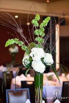 White & green wedding inspiration!