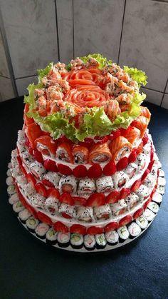 Sushi Donuts, Sushi Cake, Sushi Party, Sushi Catering, Cute Food, Yummy Food, Sushi Salad, Lunch Cafe, Sushi Platter