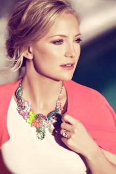 So many beautiful images of Kate in this post: Fashion-Isha: Friday Favorite: The Fabulous Kate Hudson