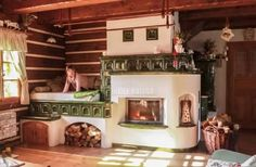 traditional cottage with rocket stove kitchen Foyers, Cordwood Homes, Vintage Stoves, Energy Efficient Homes, Stove Fireplace, Rocket Stoves, Japanese Interior, Interior Decorating, Interior Design
