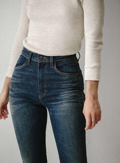 Best Jeans For Women Cheap Ripped Jeans Womens – bueatyk Elizabeth Berkley, Cheap Ripped Jeans, Skinny Jeans, Beste Jeans, Best Jeans For Women, Mode Chic, High Rise Jeans, Slim Legs, Daily Wear