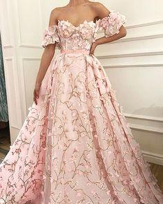 Romantic Pink (Teuta Matoshi Duriqi)