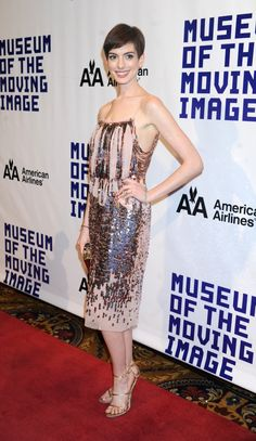Anne Hathaway attends the Museum of Moving Images salute to Hugh Jackman at Cipriani Wall Street on December 11, 2012 in New York City. Couture: Nina Ricci.
