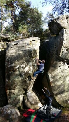 www.boulderingonline.pl Rock climbing and bouldering pictures and news Fontainebleau