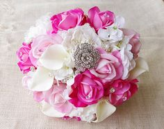 Hochzeit-Brosche und Juwelen Bouquet - heiße Rosa Pfingstrosen und Rosen Seidenblumen Rosen Brautstrauss