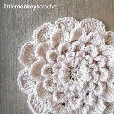 Ideas for crochet beanie pattern free bulky yarn Crochet Pillow Patterns Free, Crochet Mandala Pattern, Crochet Flower Patterns, Crochet Flowers, Knitting Patterns, Crochet Stitches, Free Knitting, Yarn Flowers, Hat Patterns