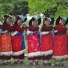 Formal Tibetan dance