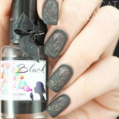 Outlined Black Lace Nail Art