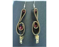 http://img.class.posot.it/it_it/2013/03/14/Orecchini-cerniere-perle-chiave-di-violino-handmade-20130314183608.jpg