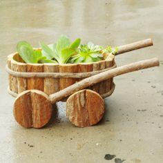 Amaizing wooden flowerpots ideas