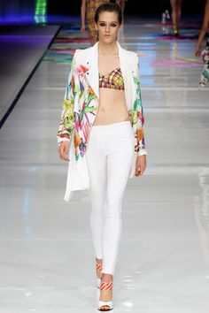 JUST CAVALLI - LE DÉFILÉ PRINTEMPS-ÉTÉ 2014 – FASHION WEEK OF MILAN http://fashionblogofmedoki.blogspot.be/