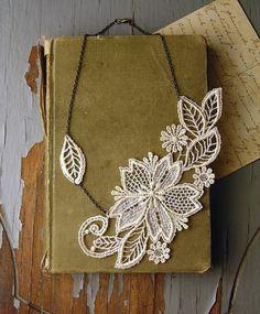 wedding- lace necklace -MARICHELLE-  ivory - floral - leaf - winter - bride- gift- vintage wedding - bridesmaid