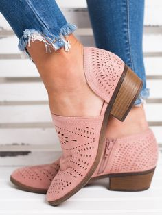 Hollow-out Low Heel Cutout Booties Faux Suede Zipper Ankle Boots Schuhe Ankle Booties Boots Cutout Faux Heel Hollowout Suede Zipper Cute Shoes, Me Too Shoes, Trendy Shoes, Awesome Shoes, Comfy Shoes, Heeled Boots, Shoe Boots, Women's Shoes, Shoes Style