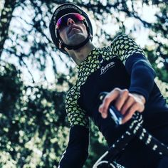 Looking sharp   @guilhemlacaze -  loving the kit @brevacycling Jun, Headset, Headphones, Electronics, Instagram Posts, Cycling, Bicycling, Headpieces, Headpieces