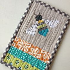 Got the cutest mug rug ever - queen bee for #stashbee from @Sue Staum with her amazing blocks! Thanks! | Flickr - Photo Sharing!