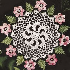 Irish Rose and Leaf Doily/Centerpiece Pattern