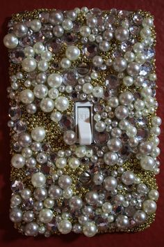Pearl and Crystal Light Switch Plate Cover. This looks diseased *and* tacky. Switch Plate Covers, Light Switch Plates, Light Switch Covers, Hm Deco, Fun Crafts, Diy And Crafts, Bead Crafts, Craft Projects, Projects To Try