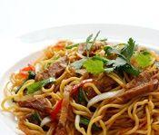 Wonderful Thai Stir-Fried Noodles with Beef & Vegetables