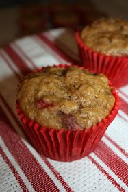 Olive The Ingredients: Skinny Strawberry Banana Muffins