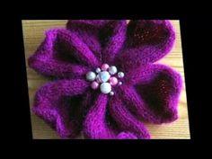 В этом видео показано, как связать цветок спицами. Такая розочка станет дополнительным украшением к любому вязаному изделию: шапочке, шляпке, кофточке, топу ...