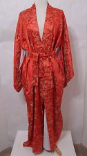 Vintage Silk Embroidered Lined Kimono Robe NWOT 54