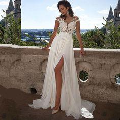 Barato Simples Praia Vestidos de Casamento 2017 Vestido De Noiva Chiffon Appliqued Lace Sexy Mulheres Vestido de Noiva com Cap Manga Curta