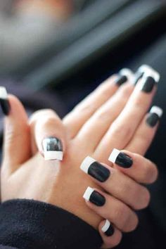 Black manicure with white French tip, kinda cute in a way! Love Nails, How To Do Nails, Fun Nails, Pretty Nails, Prom Nails, White French Tip, French Classic, French Style, Black White Nails