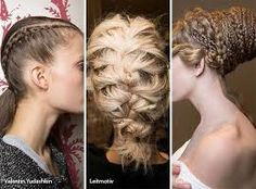 I have to have this  hair braids ! I have to learn more about this.