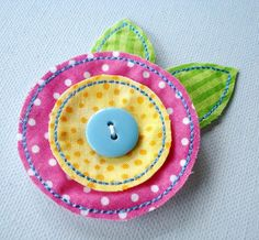 In-the-hoop felt fabric flowers machine embroidery – two sizes, and - Fabric Scraps Fabric Brooch, Felt Fabric, Fabric Scraps, Sewing Machine Embroidery, Paper Embroidery, Etsy Embroidery, Embroidery Ideas, Embroidery Machines, Softies