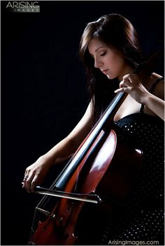 senior pictures with cello (If i played the cello i would do this in a heart beat!!!)