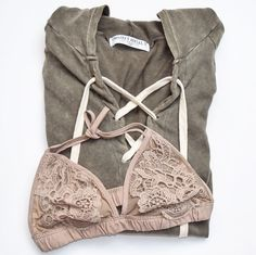 Bali sweater and simplicity bralette || Shop alyannaclothing.com