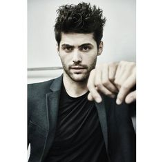 Matthew Daddario is my new religion! Take me to church!!!