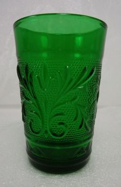 -1.61.14- Vintage Emerald / Forest Green Sandwich Oatmeal Juice Glass